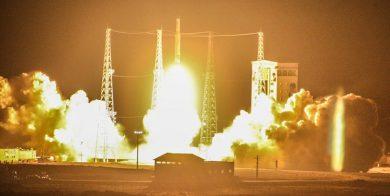 درآمد هر ماهواره چقدر است؟