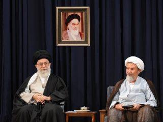 رهبر انقلاب در پیامی درگذشت آیت الله مومن را تسلیت گفتند